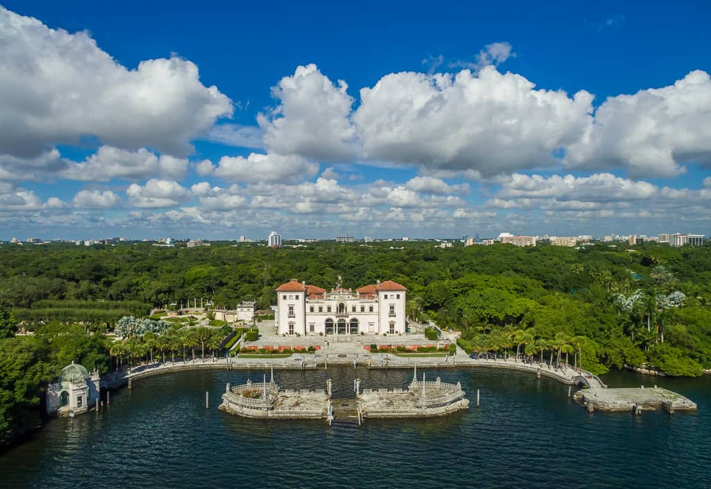Vizcaya Museum And Gardens Light Chaser Travel Junkie