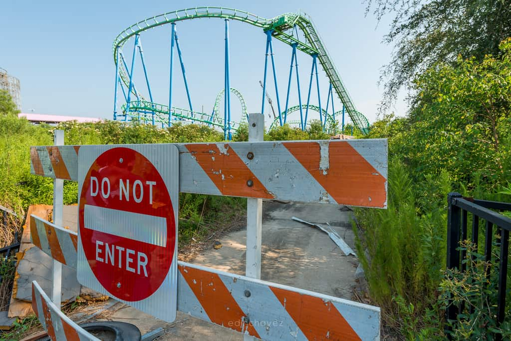 Abandoned Six Flags New Orleans-106
