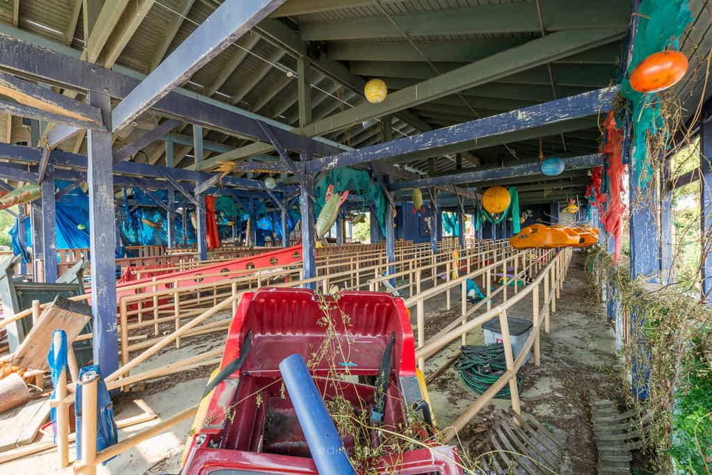 Abandoned Six Flags New Orleans-50
