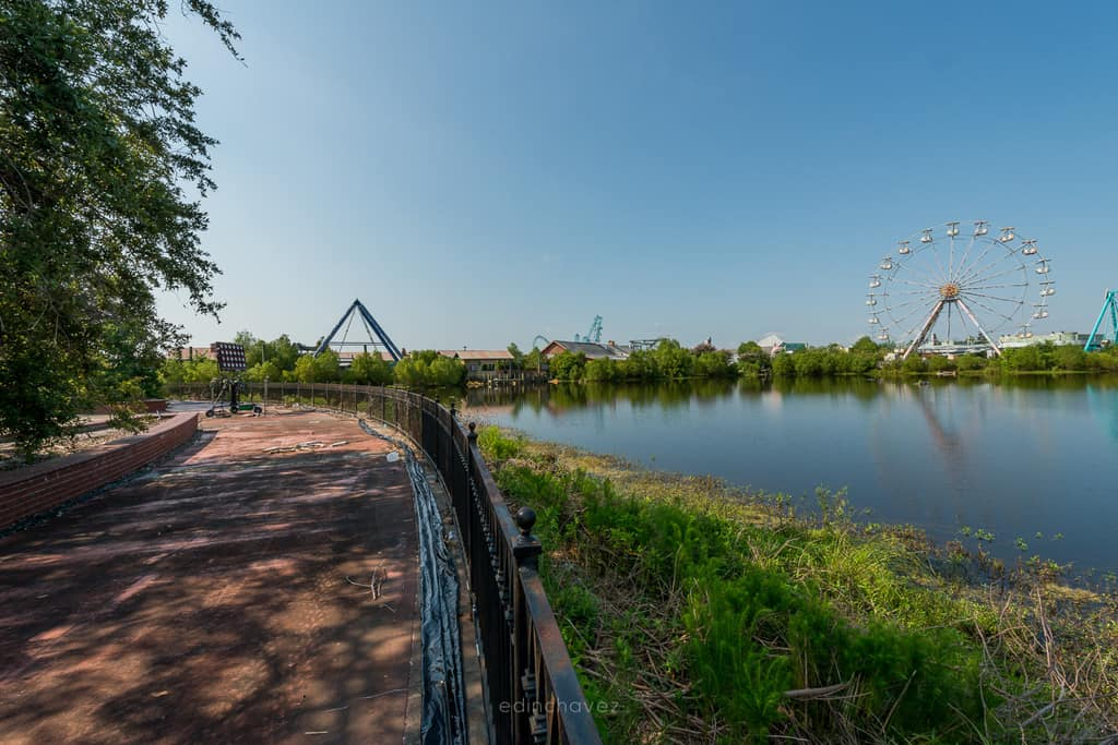 Abandoned Six Flags New Orleans-56