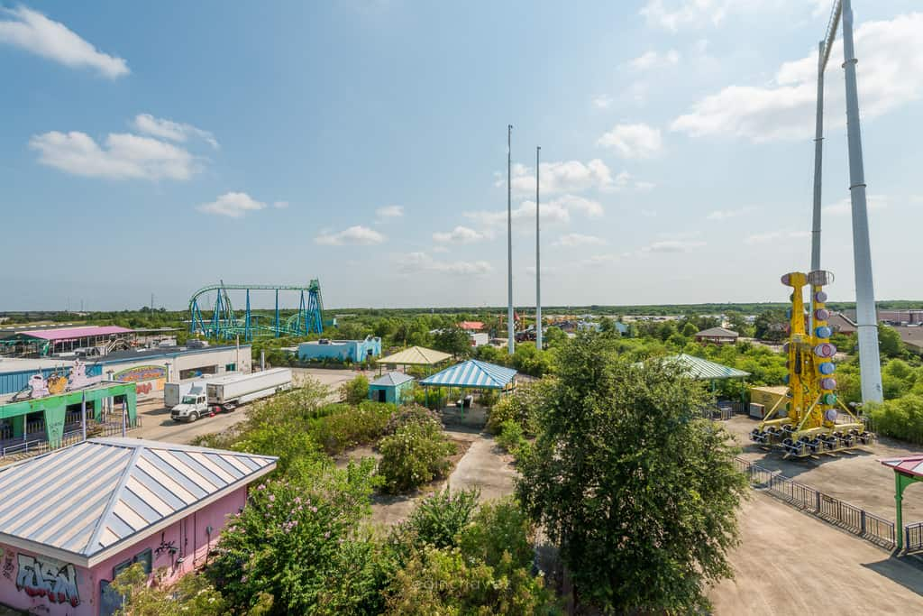 Abandoned Six Flags New Orleans-6