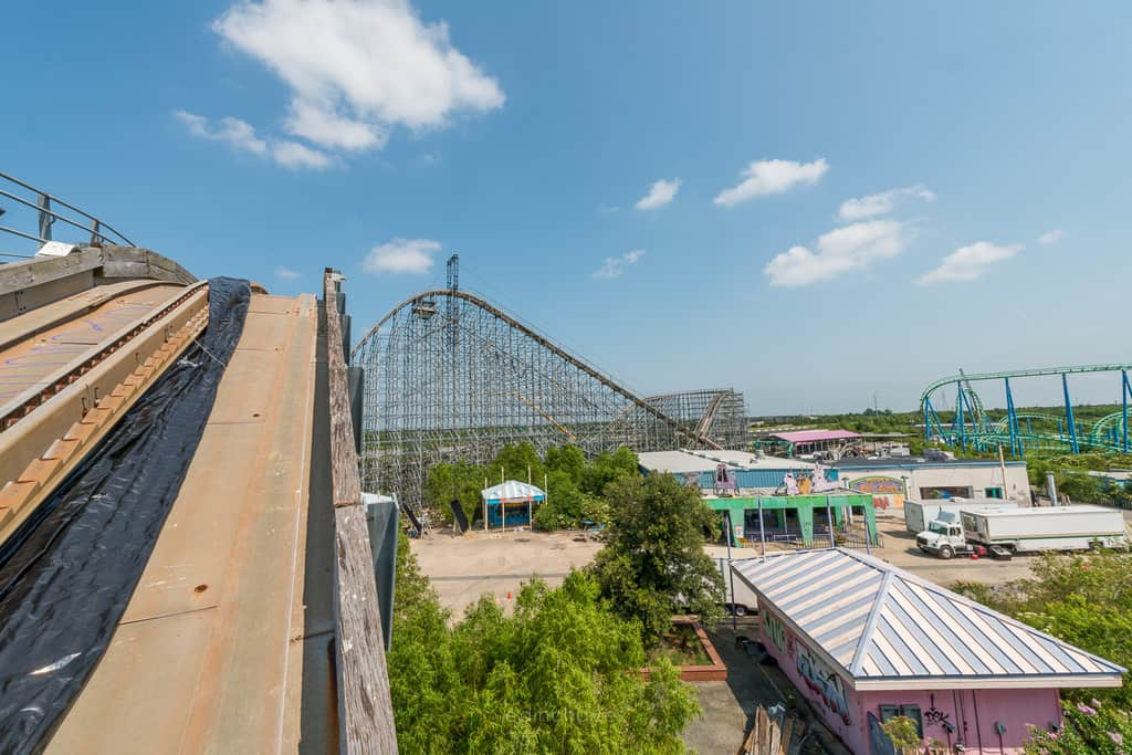 Abandoned Six Flags New Orleans-7