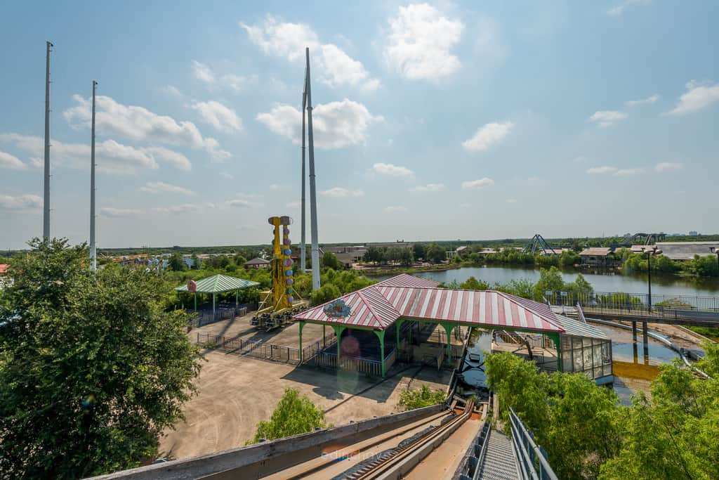 Abandoned Six Flags New Orleans-8