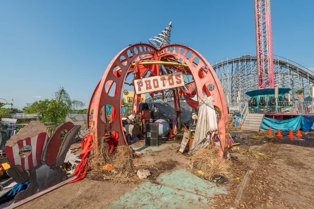 Abandoned Six Flags New Orleans-87