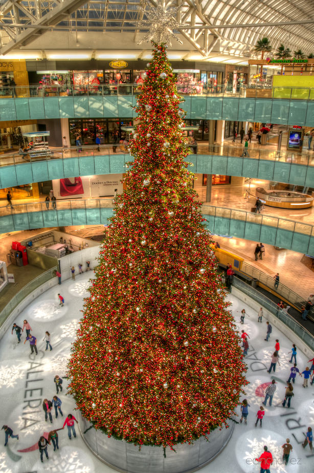 Shot of the Day-Christmas at the Galleria