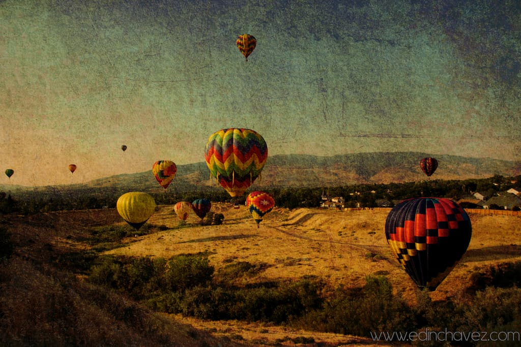 Shoot of the Day-Ballons in the Mountains