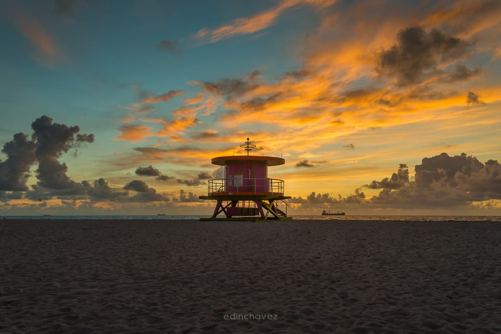 Miami Beach pink Lifeguard tower Best Miami Beach Photography Spots