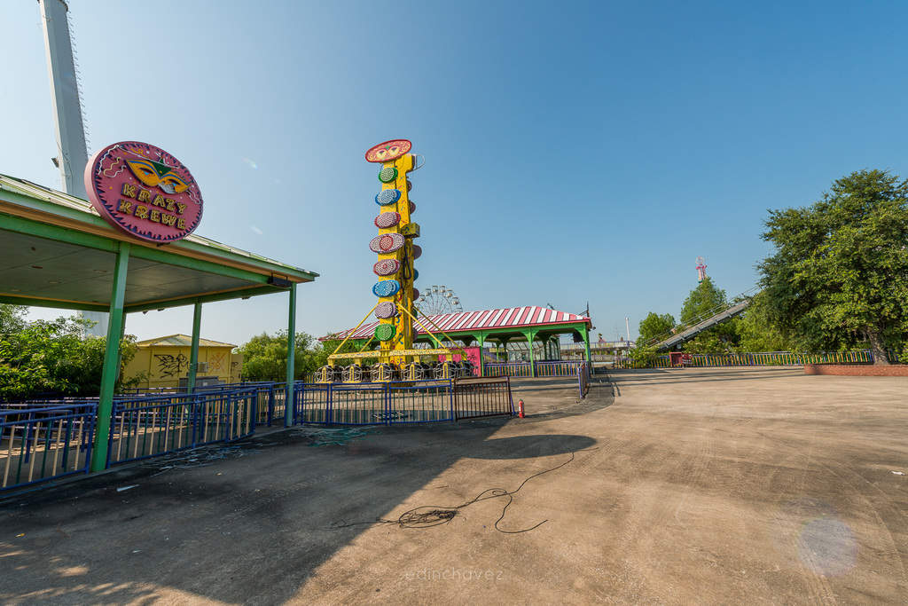 Abandoned Six Flags New Orleans-103