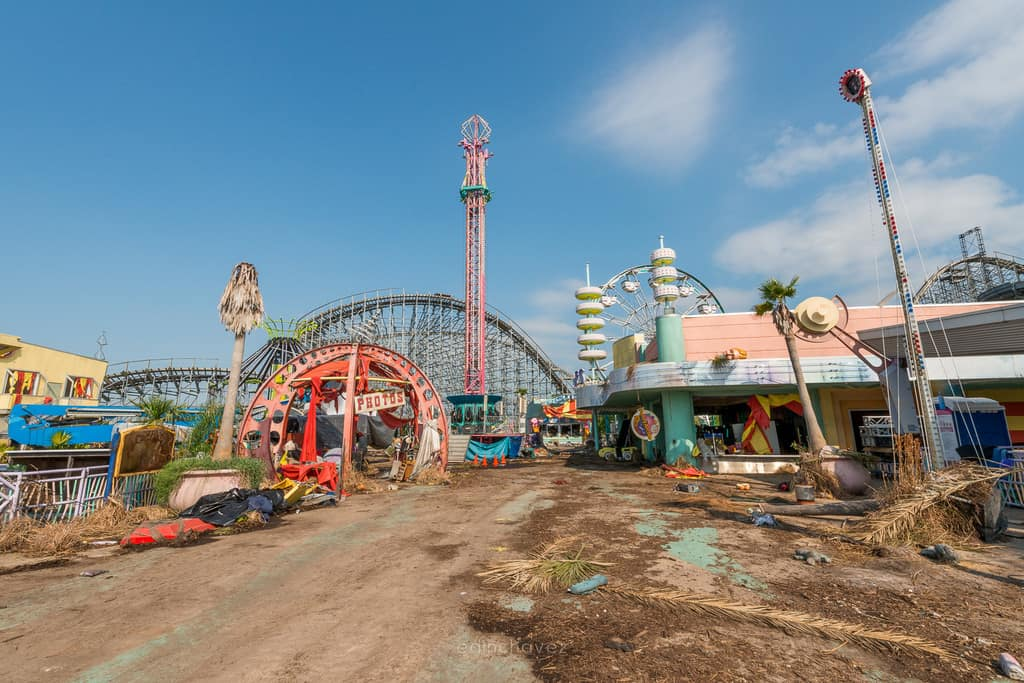 Abandoned Six Flags New Orleans-71