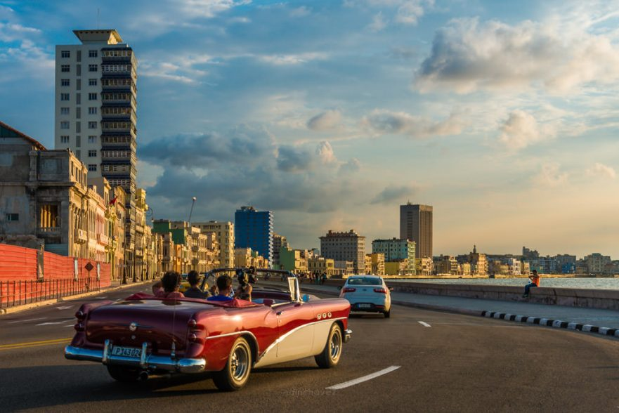 best photography spots in havana cuba el malecon at sunset