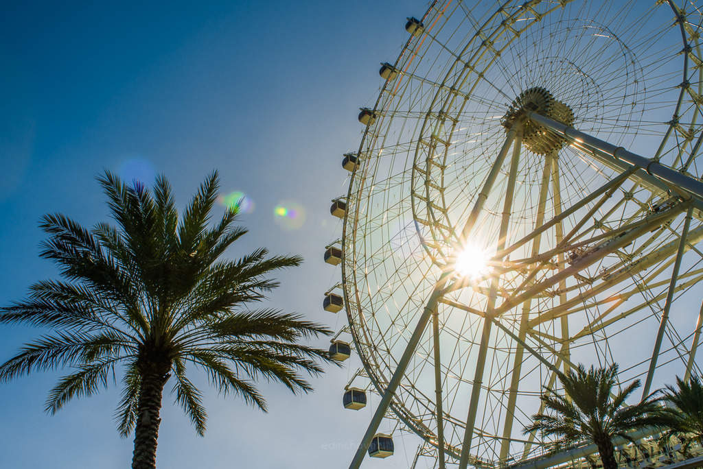 Photos of the Orlando eye at sunset