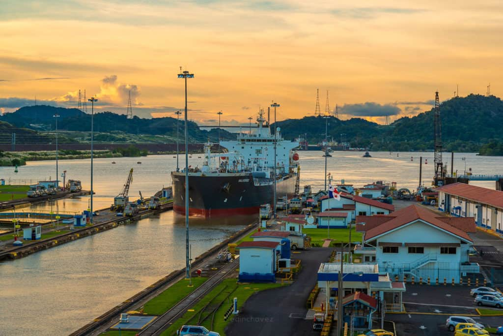Best places to photograph in panama the panama canal