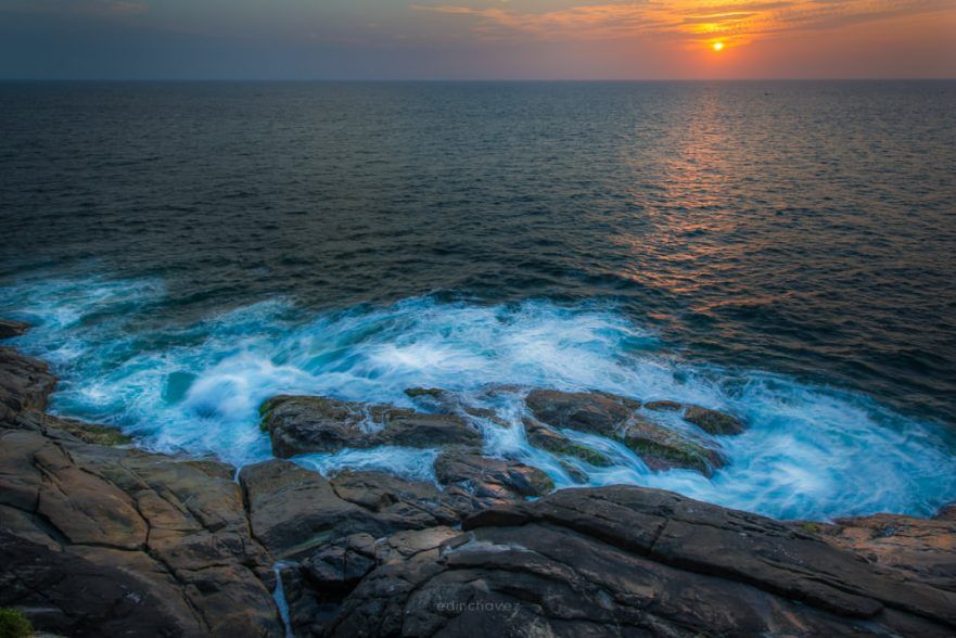 Kovalam cliffs sunsets best photography spots in Kerala